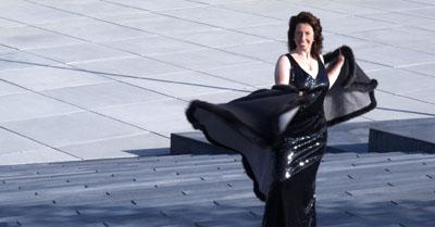 Fotoshooting in Bremen mit Mezzosopran Annette Gutjahraus Hamburg